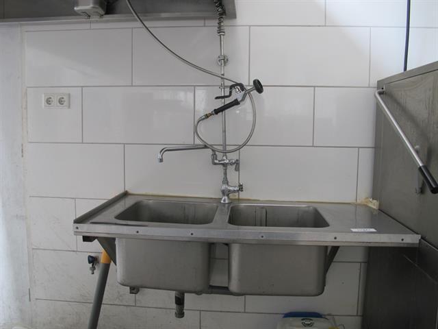 Spoelkraan Keuken Horeca : Dubbele wasbak van rvs incl spoelkraan memax online veiling