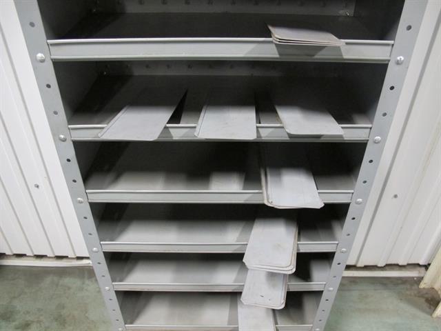 Kast Met Planken : Kast met planken memax online veiling van metaal machines en
