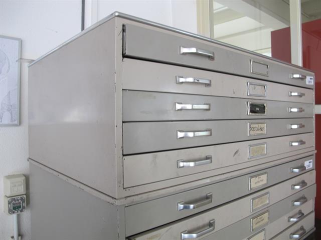 Metalen Ladenkast Voor Gereedschap.Ladekast Van Metaal Met 5 Lades Memax Online Veiling Van