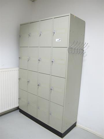 Metalen Afsluitbare Kast.Locker Met 16 Afsluitbare Kasten Memax Online Veiling Van Metaal